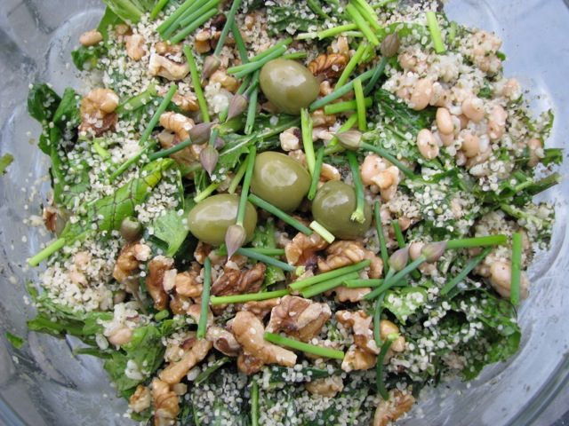 Salad with Chives, Olives, Hemp Seeds