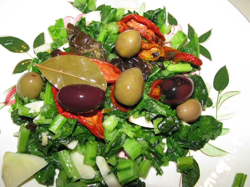 Bay Leaf, Mediterranean Marinated Dried Tomatoes and Olives Decorate Organic Vegetable Stir Fry