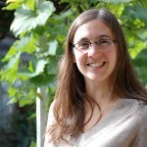 Dr Rebecca Shwartz