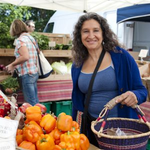 Leslie Cerier at the Farmers Market